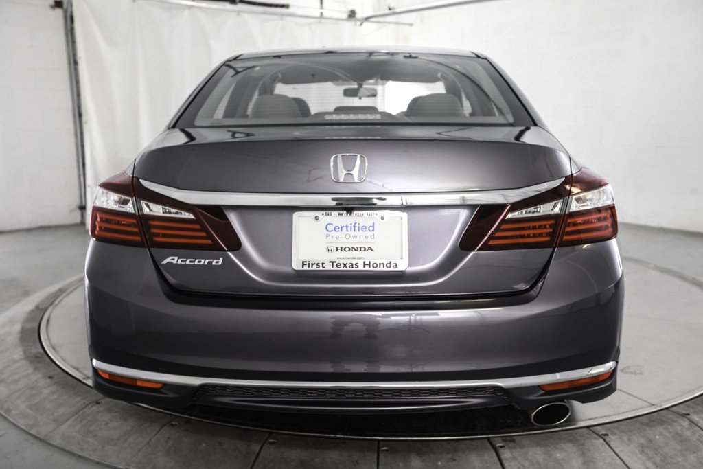 certified pre owned 2017 honda accord 4d sedan lx in austin hl85186 first texas honda. Black Bedroom Furniture Sets. Home Design Ideas